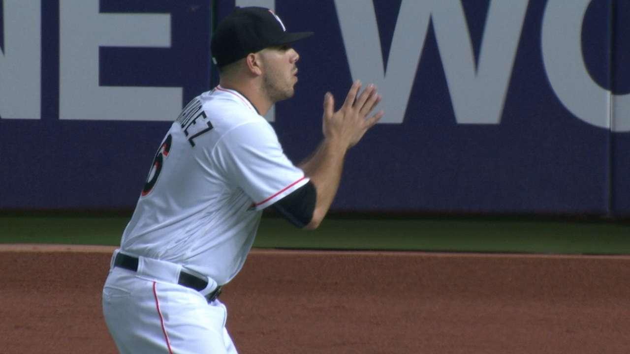 Fernandez strikes out 12