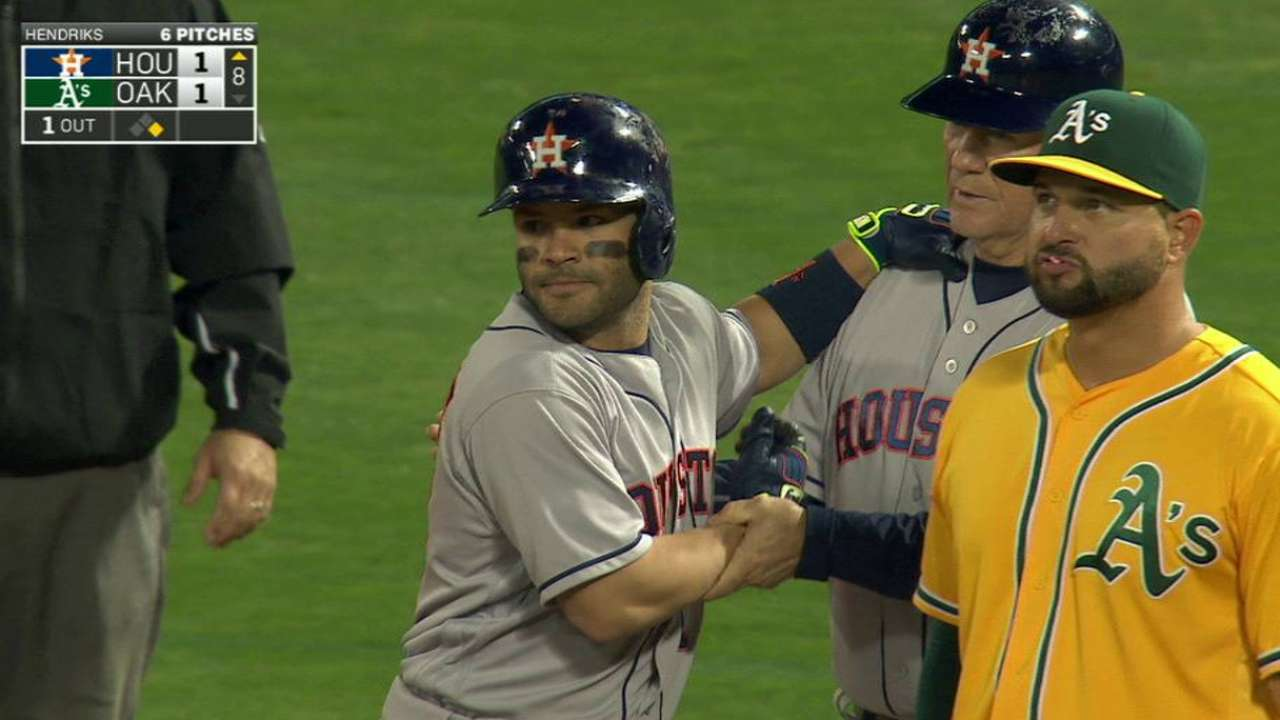Altuve's 200th hit of season