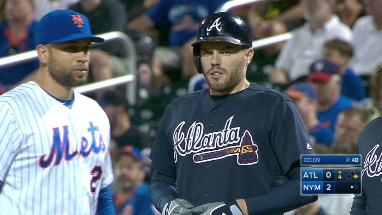 Freeman ties Chipper with 41-game on-base streak