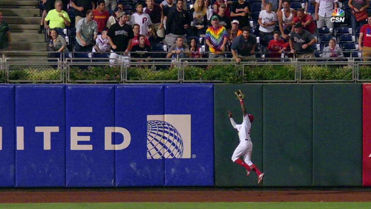 Quinn's leaping grab at the wall