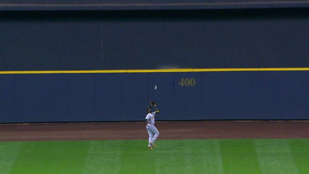 McCutchen tracks down a fly ball