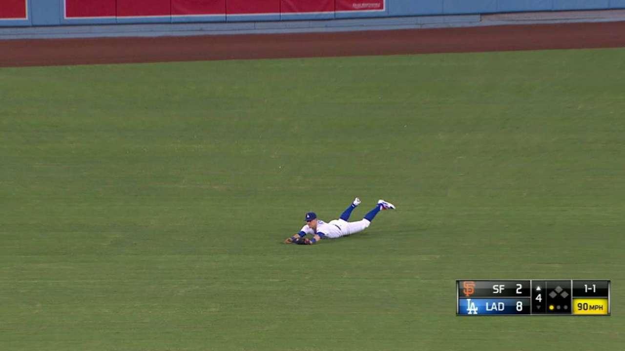 Hernandez's diving grab
