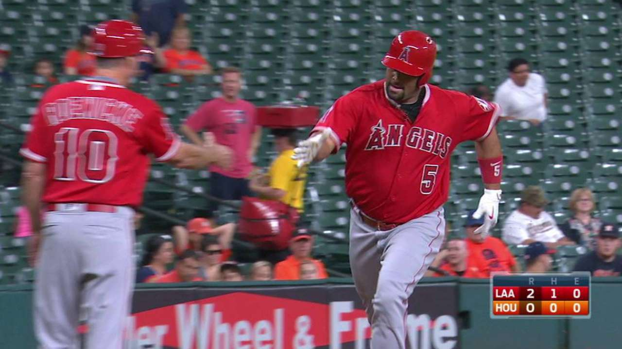 Astros drop in WC race with loss to Angels
