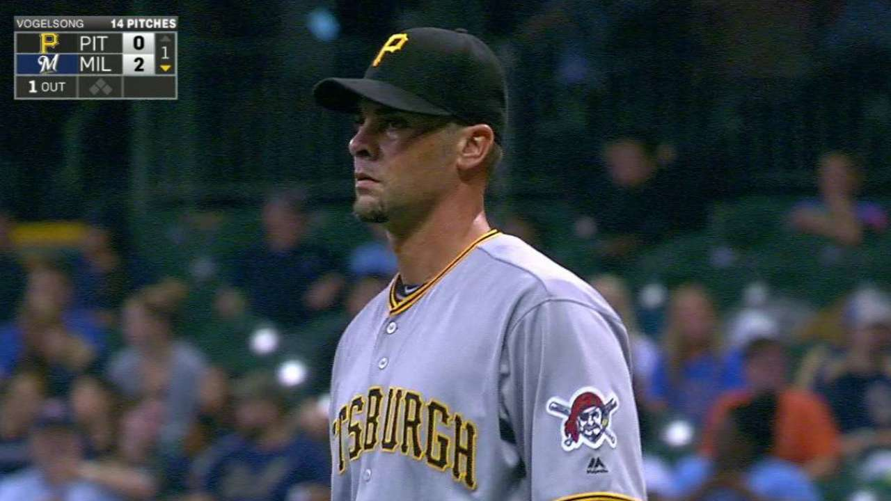 Vogelsong gets Braun swinging