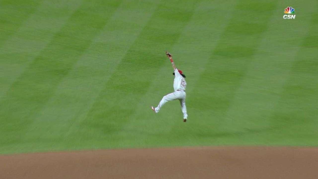 Galvis' leaping grab