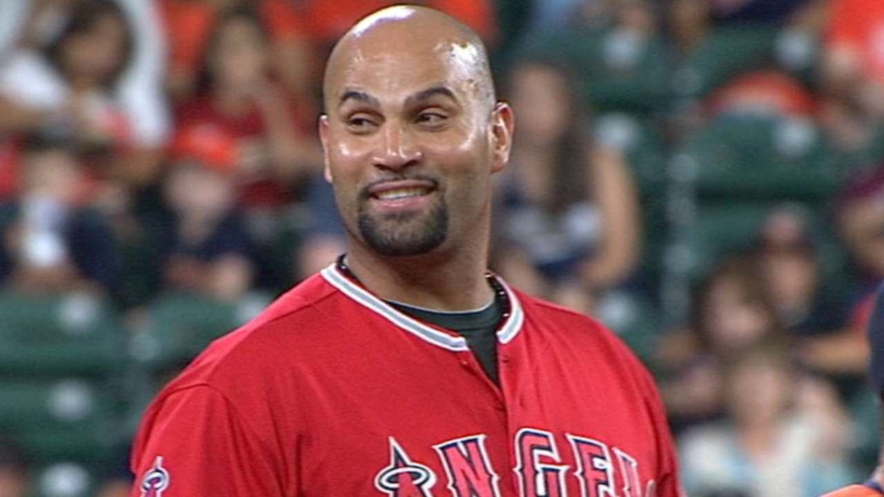 Despite nicks, Pujols sustains prowess at plate