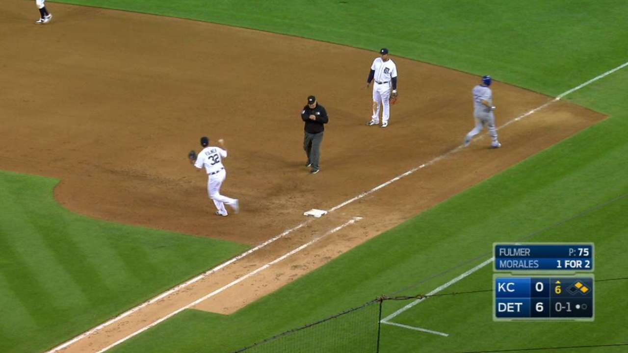 Royals' successful challenge pays off with run