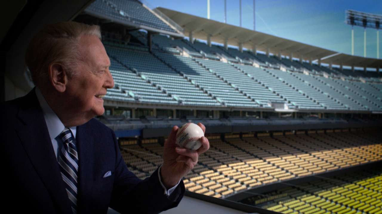 Dodgers honor Vin Scully at final homestand