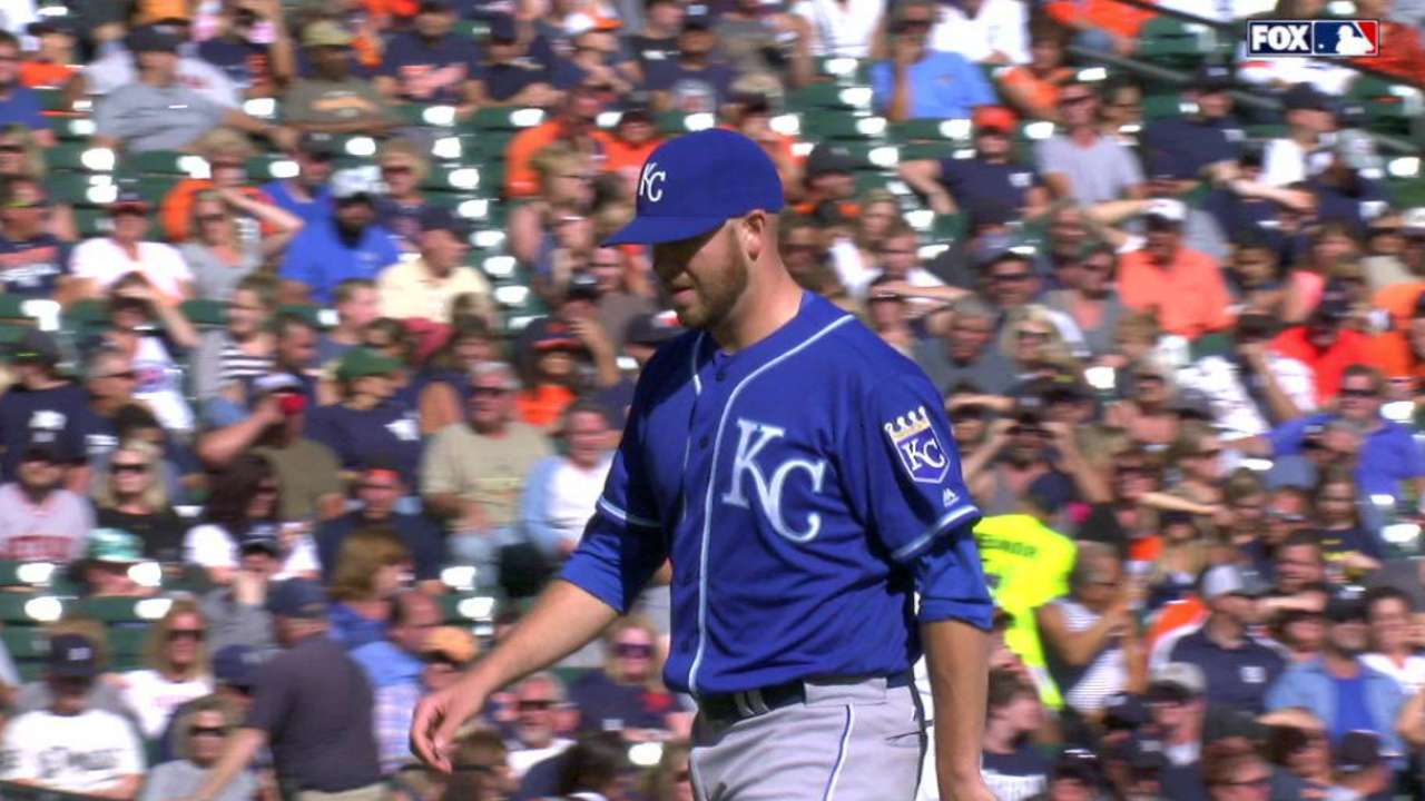 Royals call up McCarthy, option Almonte