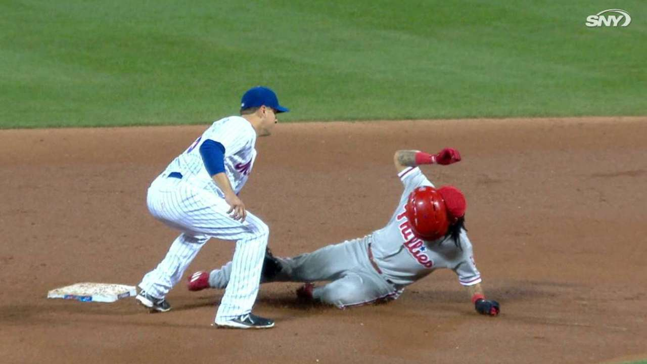 d'Arnaud nabs Galvis at second
