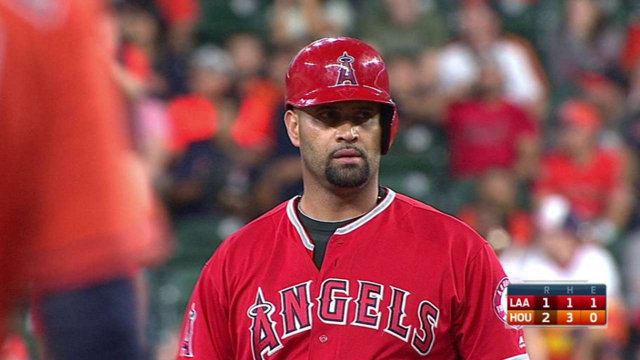 Pujols passes Bonds on all-time doubles list
