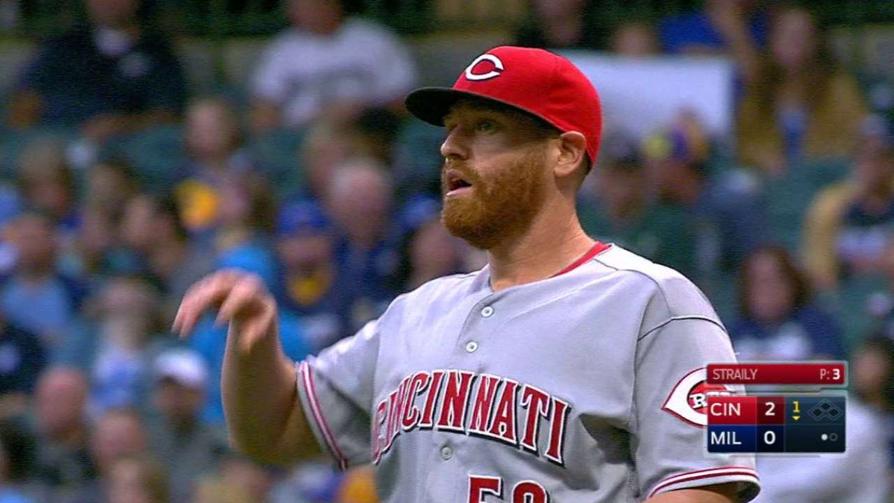 Straily, Votto's HR lead Reds past Brewers