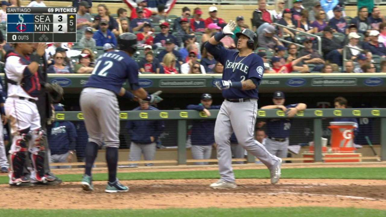 Sucre's two-run homer to left