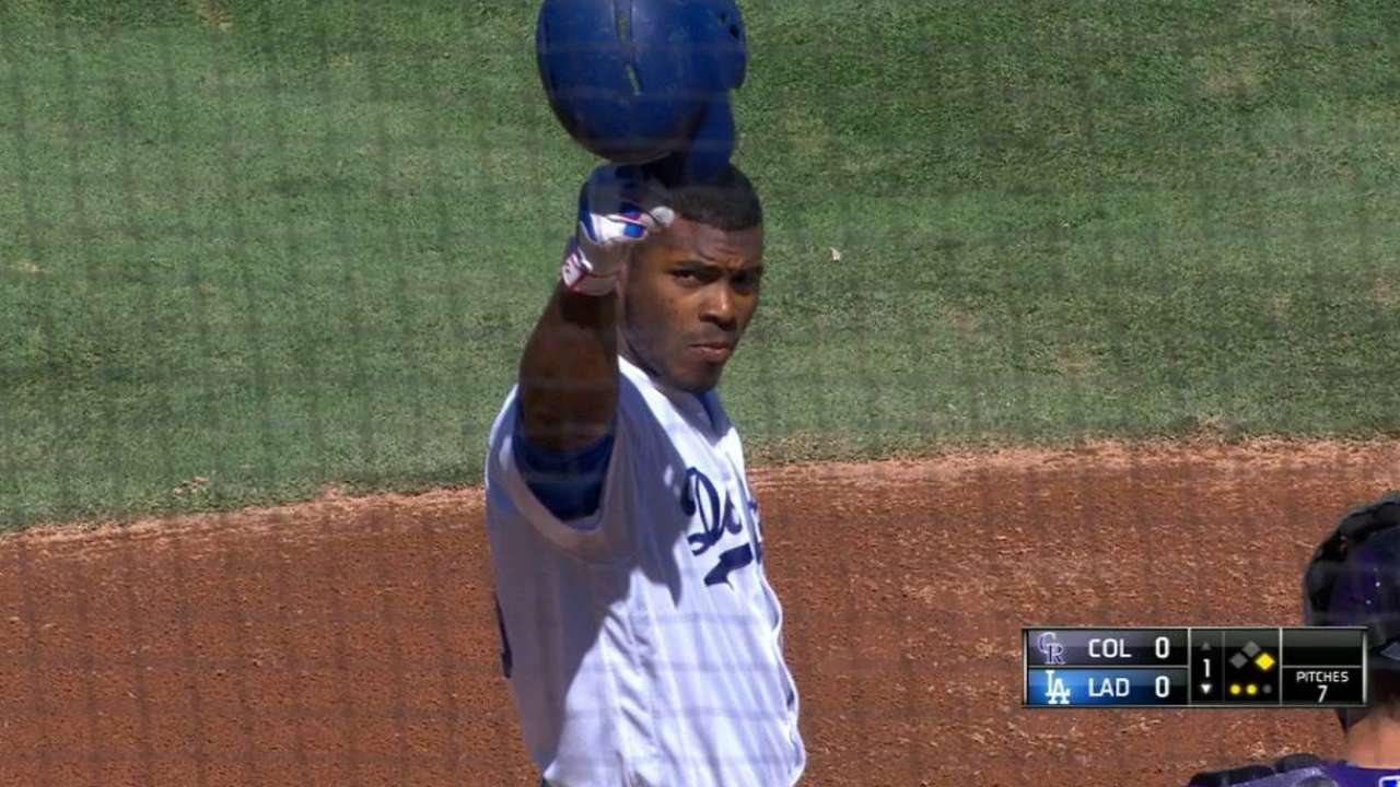 Puig tips his helmet to Scully