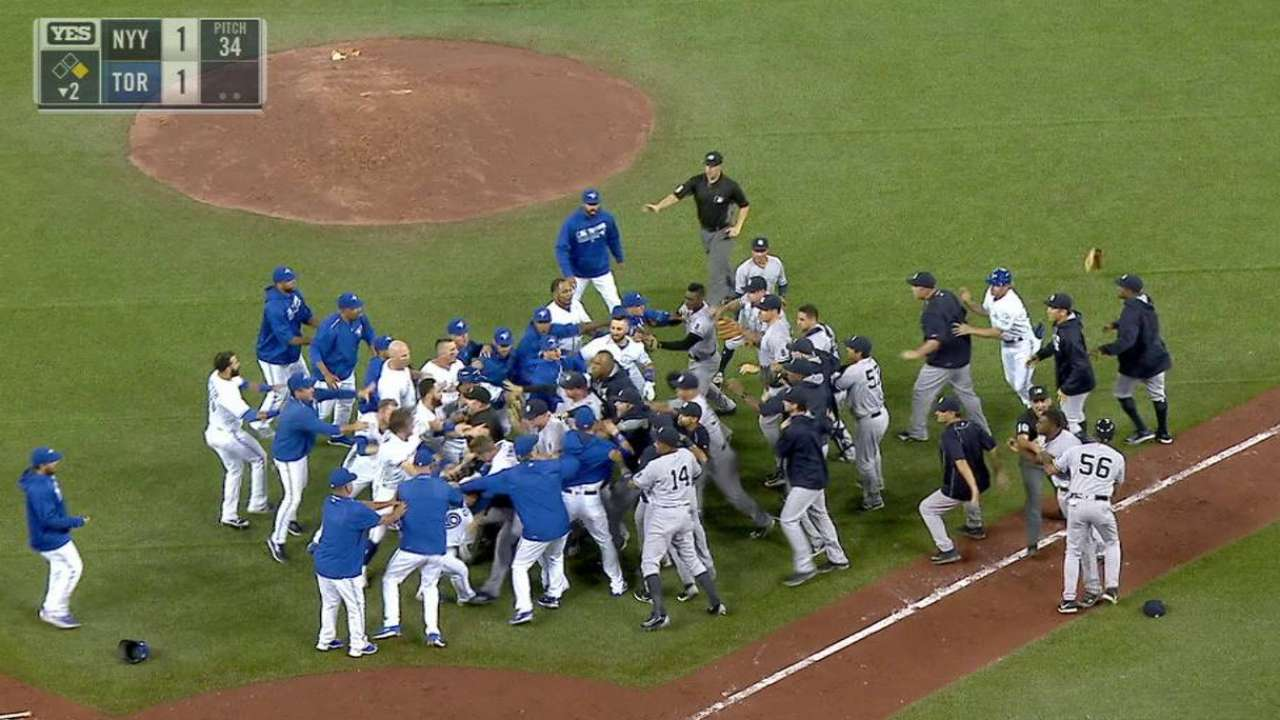 Yanks, Blue Jays clear benches twice