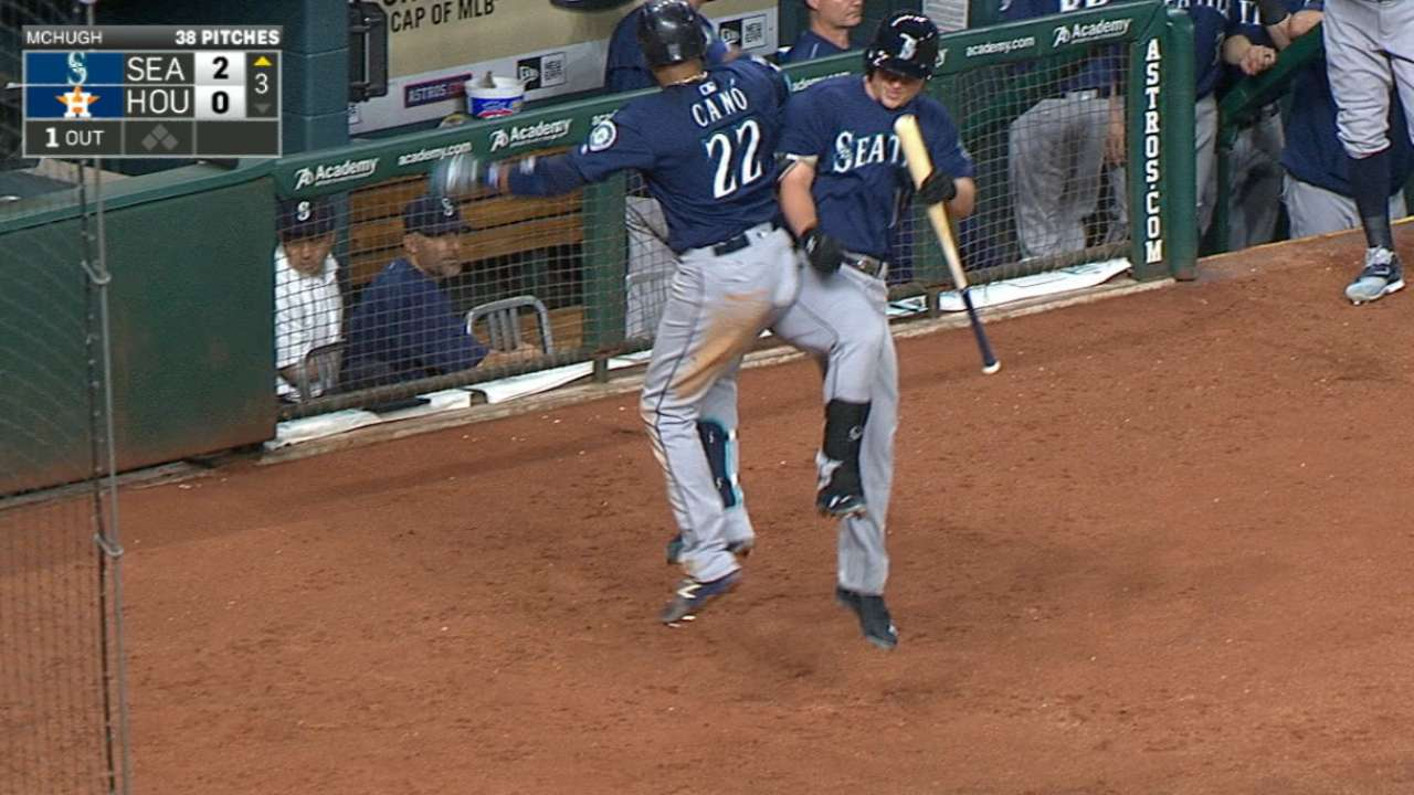 Cano powers Seattle to 2 back in Wild Card