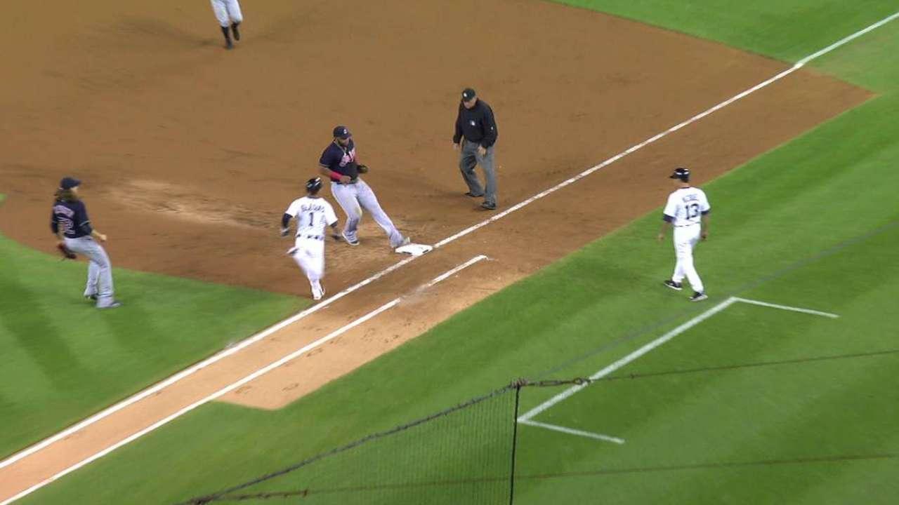 Brewers claim Triple-A homer champ Aguilar