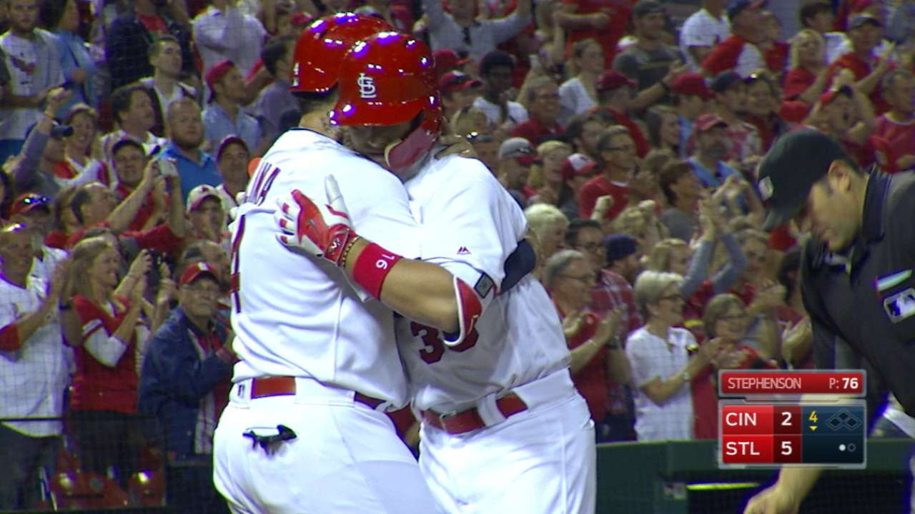 Diaz's emotional grand slam