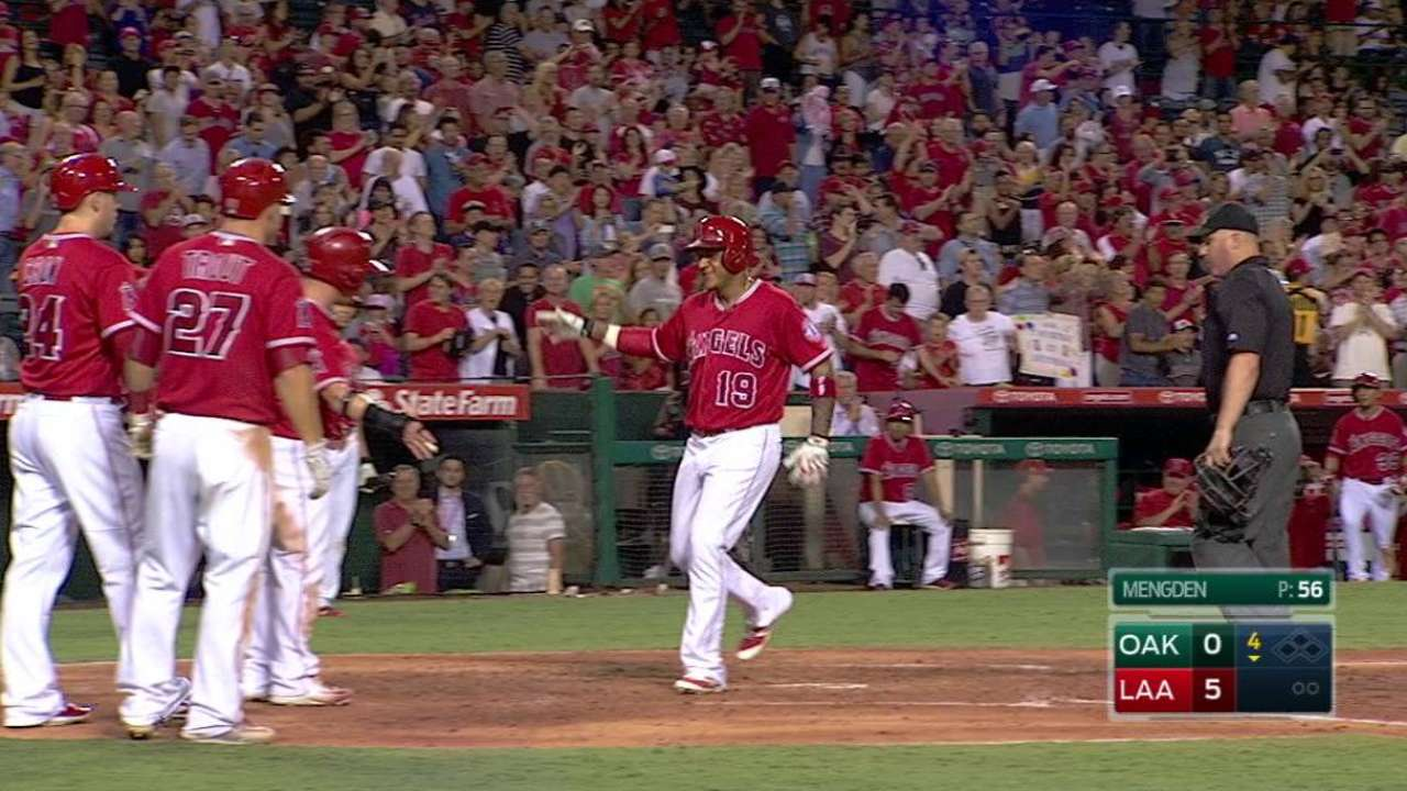 Marte par-tay: Grand slam give Halos a lift