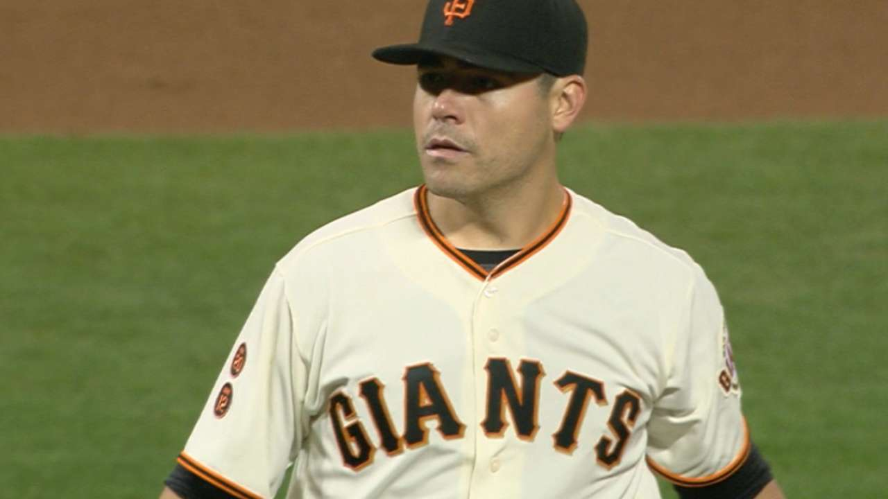 Giants back Moore to maintain Wild Card position