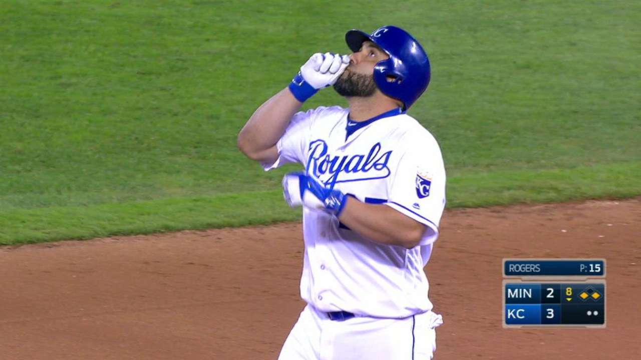 Royals beat Twins but Wild Card hopes end