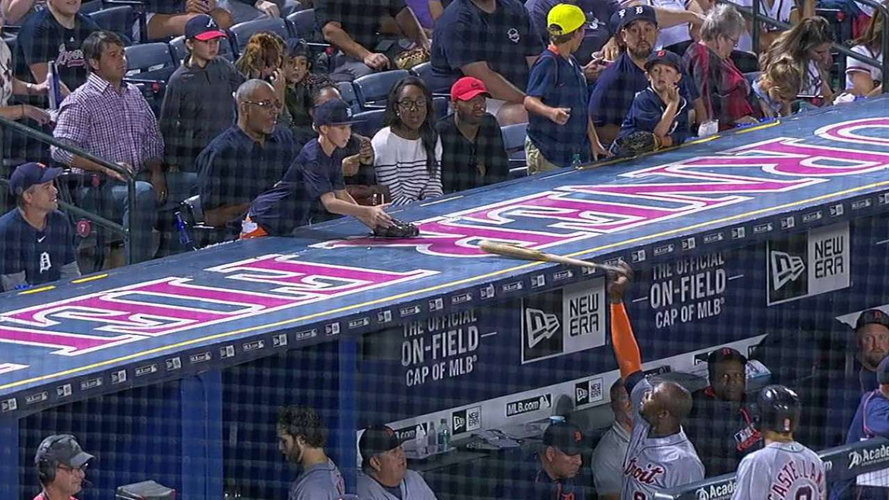 Young fan gets Upton's bat