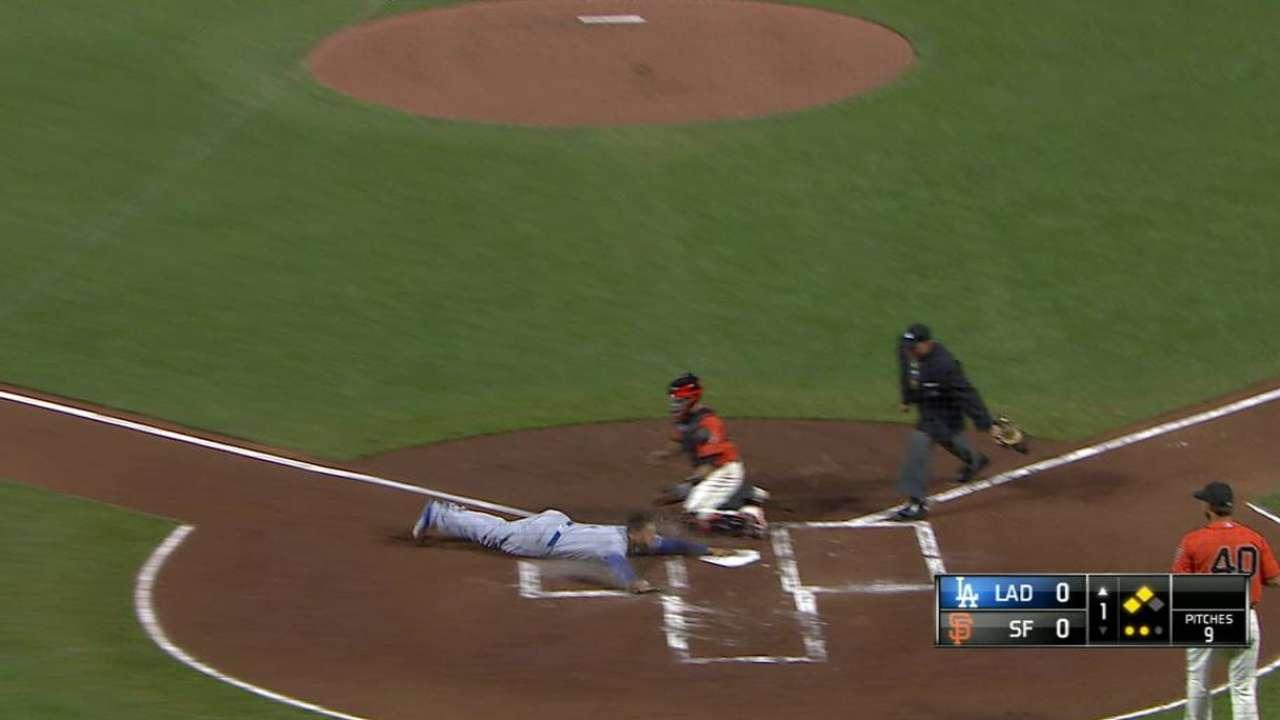 Roberts believes upbeat Puig can help Dodgers