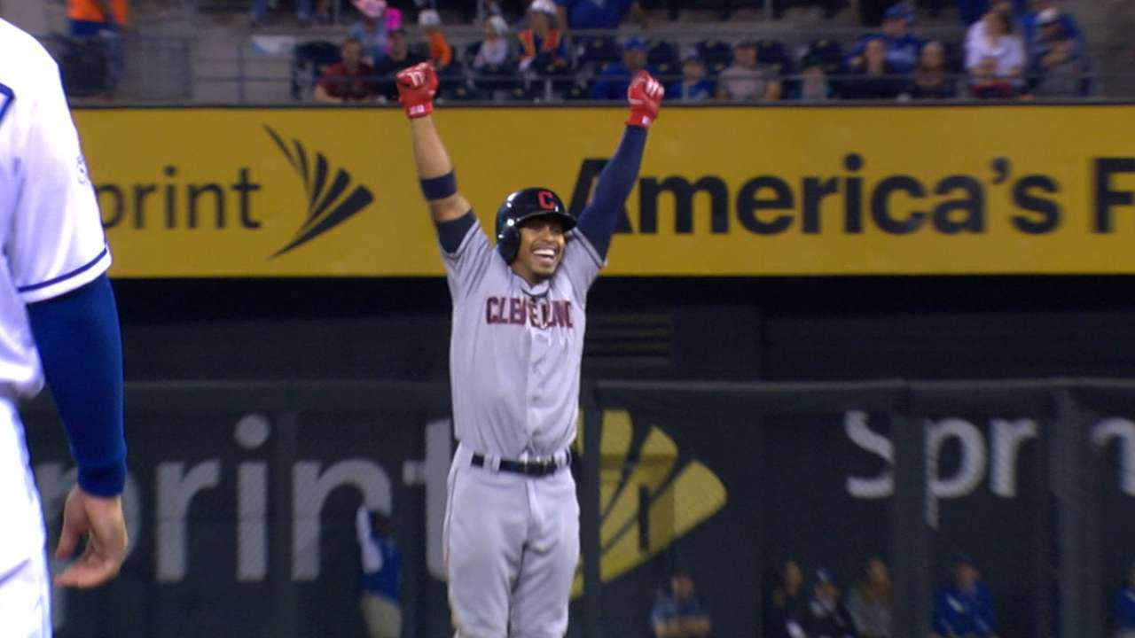 Lindor snaps slump in style