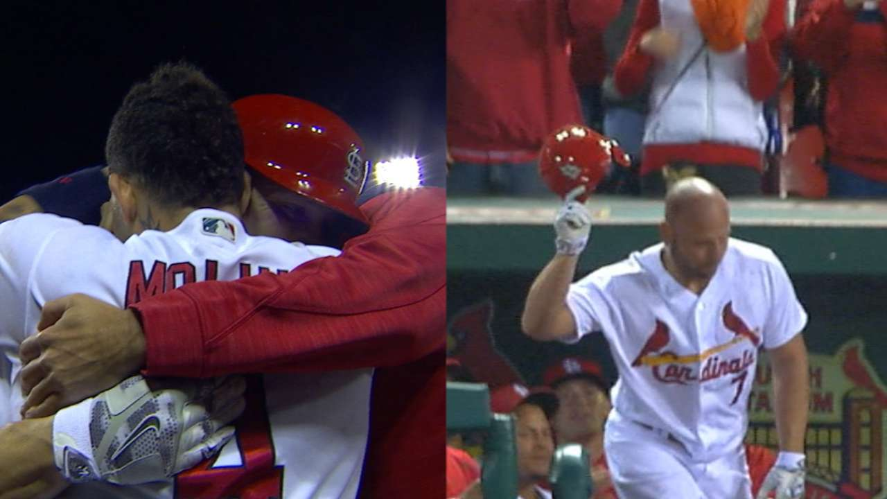 Must C: Holliday returns with HR