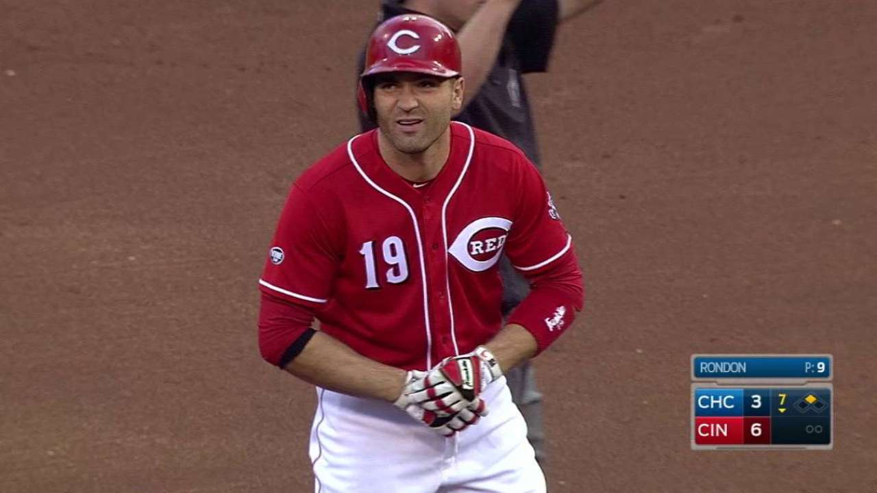 Votto's RBI double in the 7th