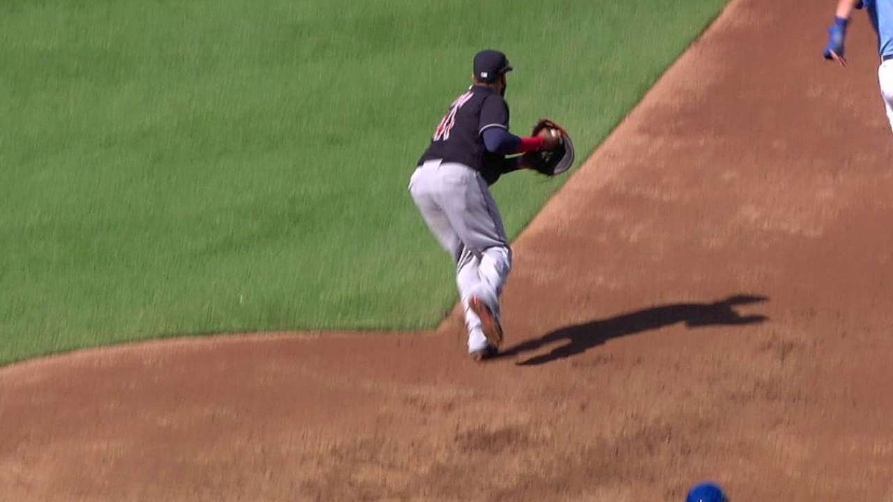 Tomlin induces DP, escapes jam