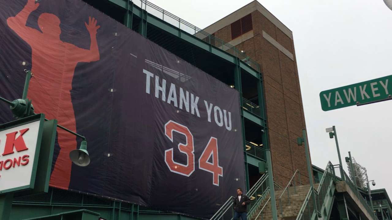 Fans say goodbye to Big Papi