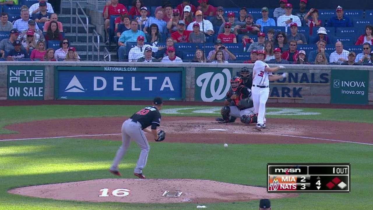 Scherzer singles in two runs