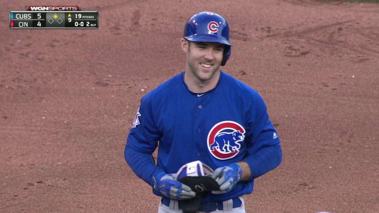 Big 9th vs. Reds helps Cubs roll into playoffs