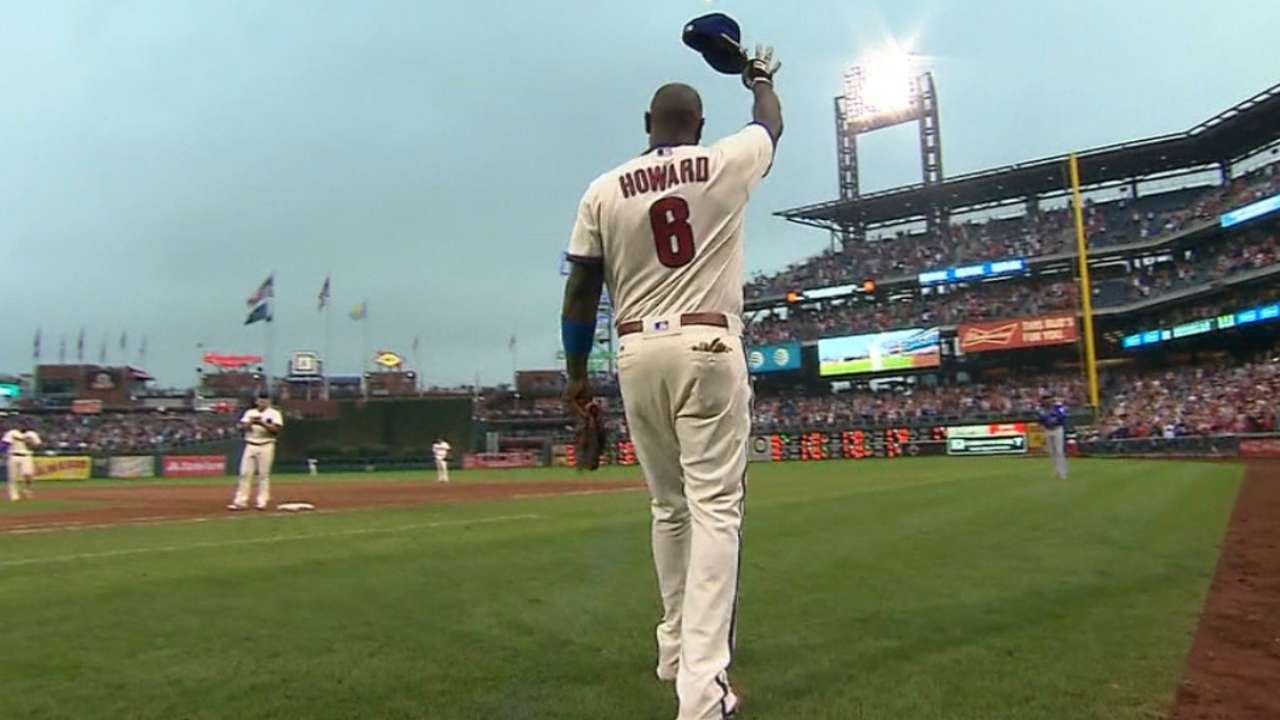 Phils improve in Howard's final year with team