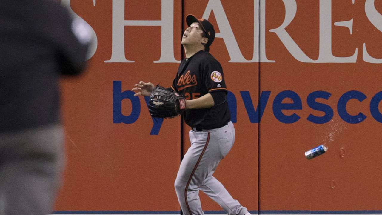 Showalter on can throwing