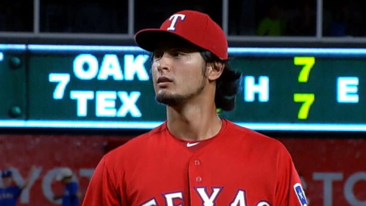'Stronger' Darvish counted on in 2nd postseason foray