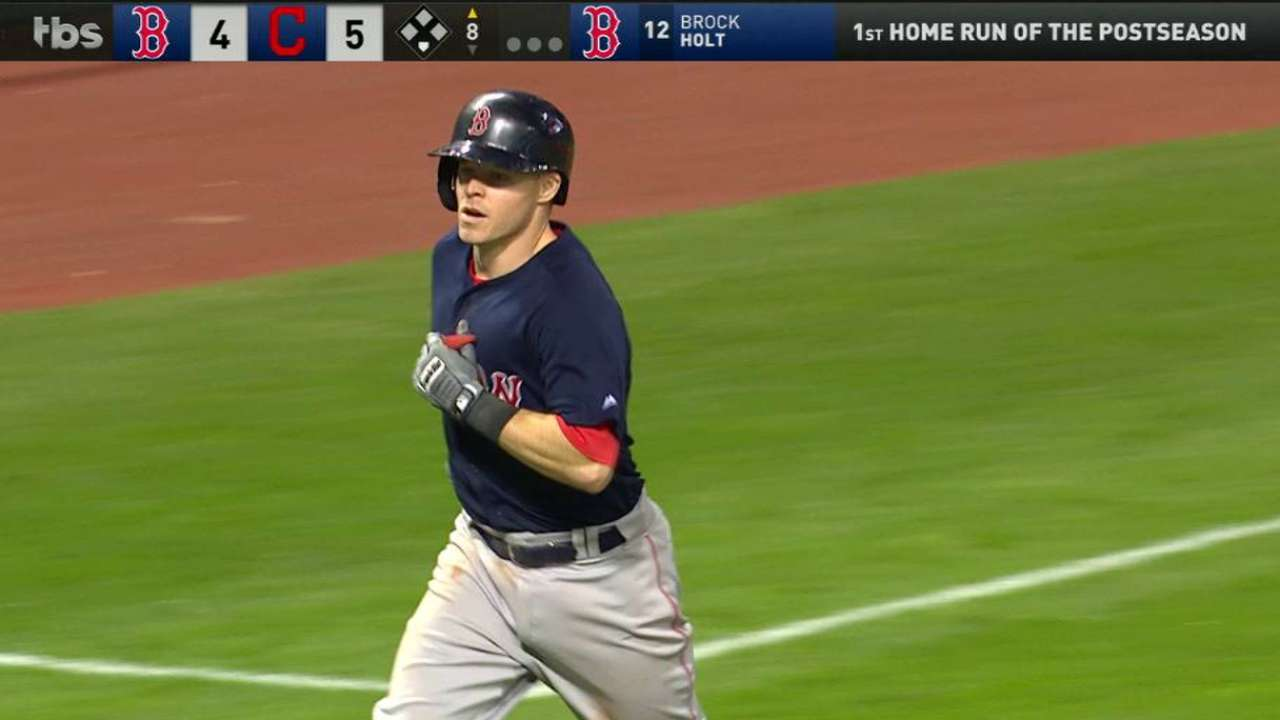Holt's solo home run in the 8th
