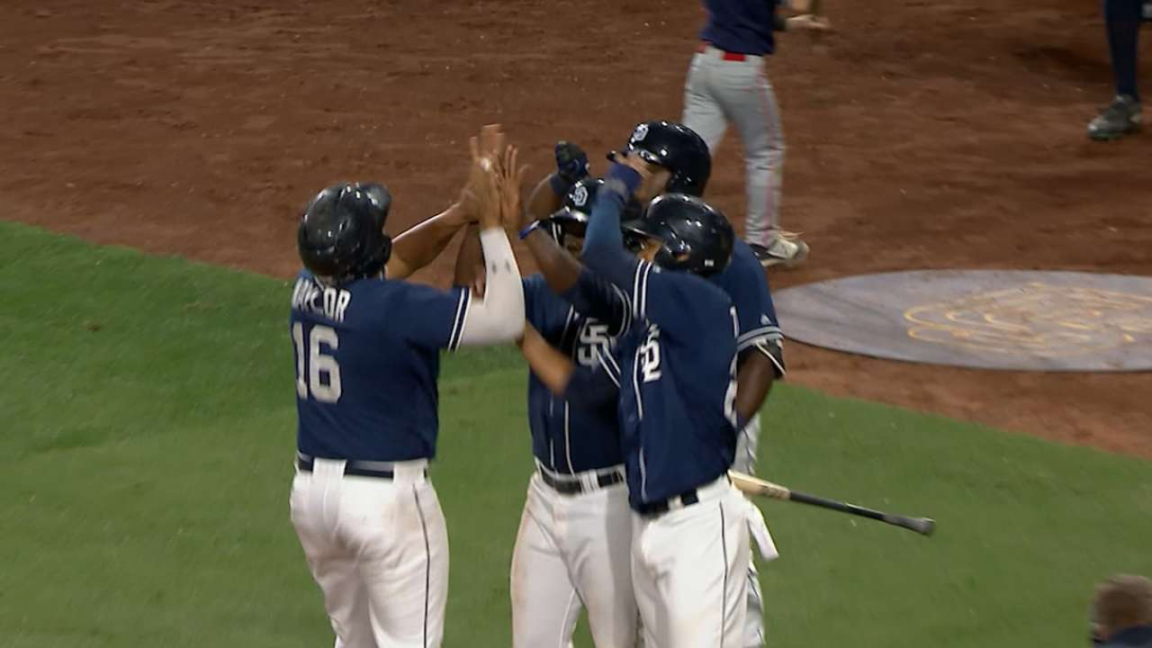 Naylor's homer, double lift Padres prospects