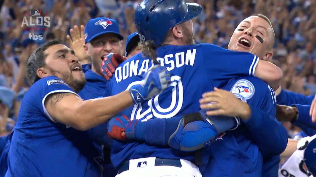 Blue Jays walk off in the 10th