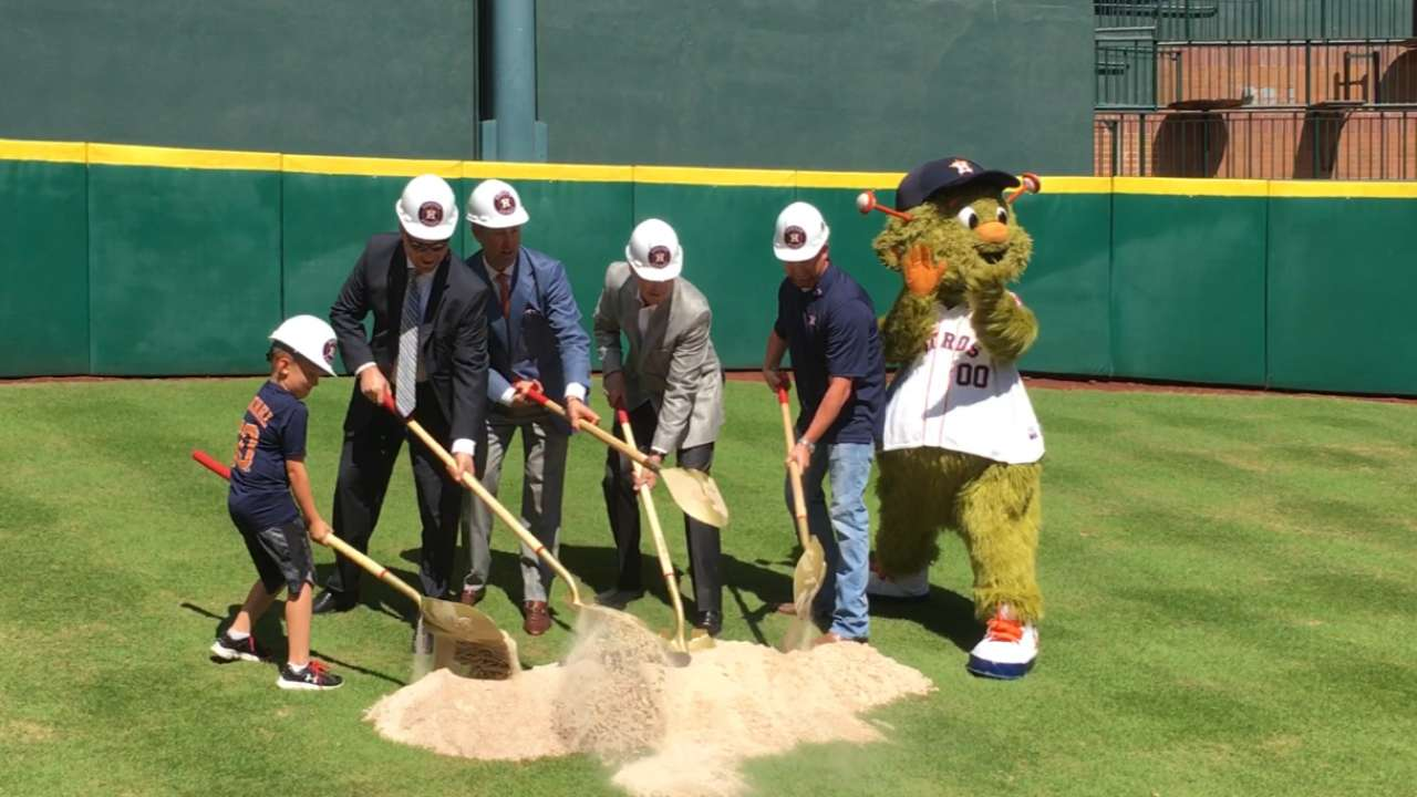 Astros begin $19-million renovation in CF