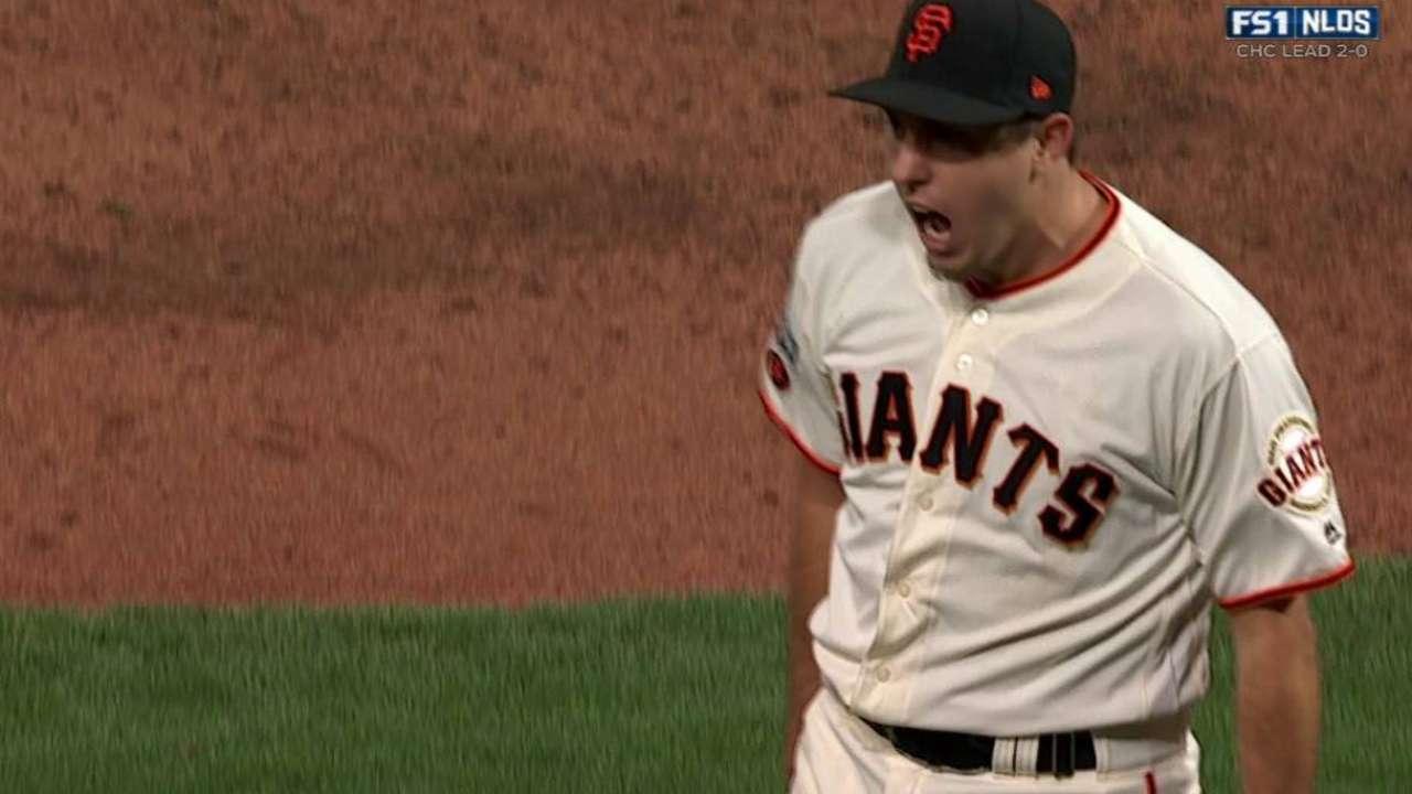 Bullpen rallies Giants in extra-inning victory
