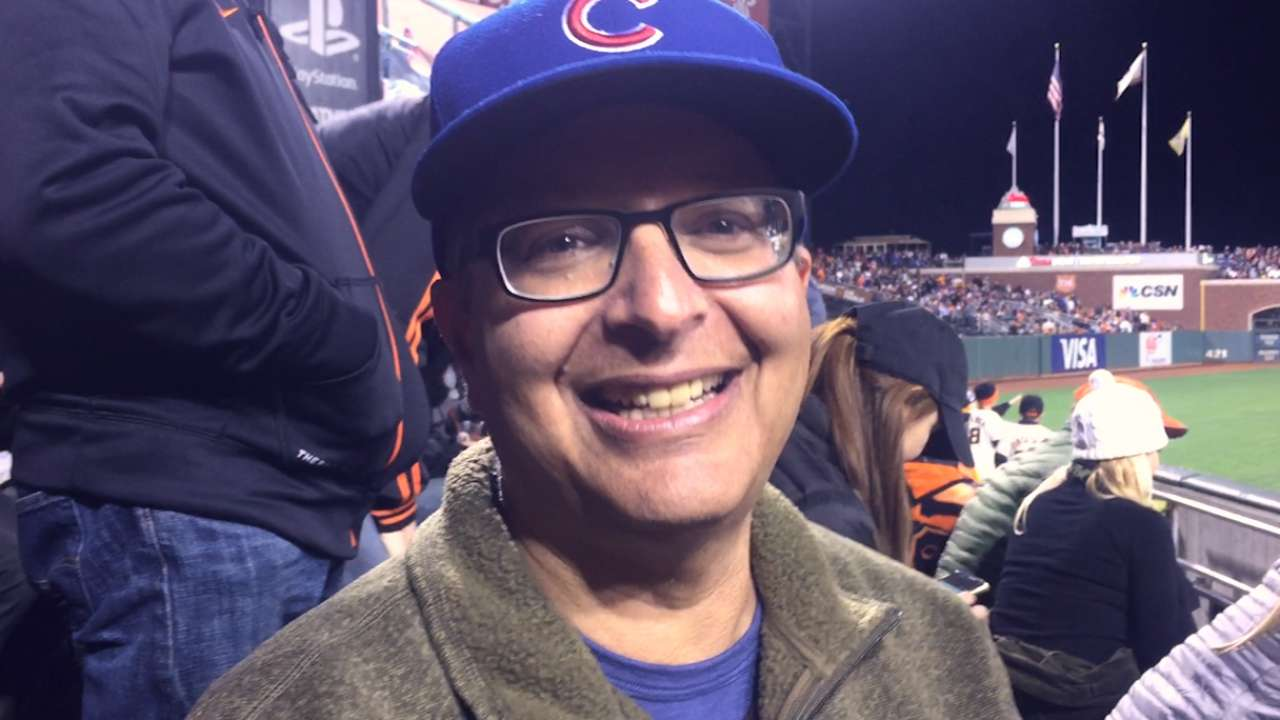 Cubs fan catches Arrieta's HR