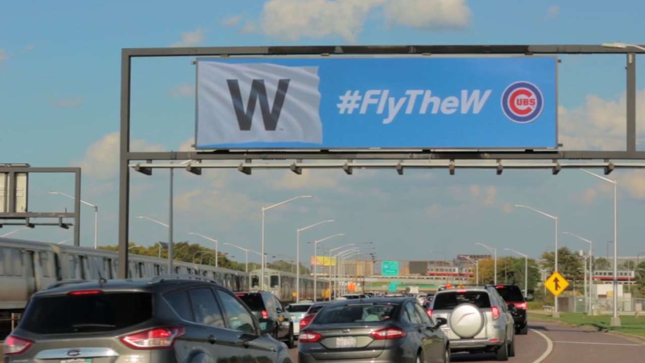 Cubs fly 'W' on social media after NLDS win