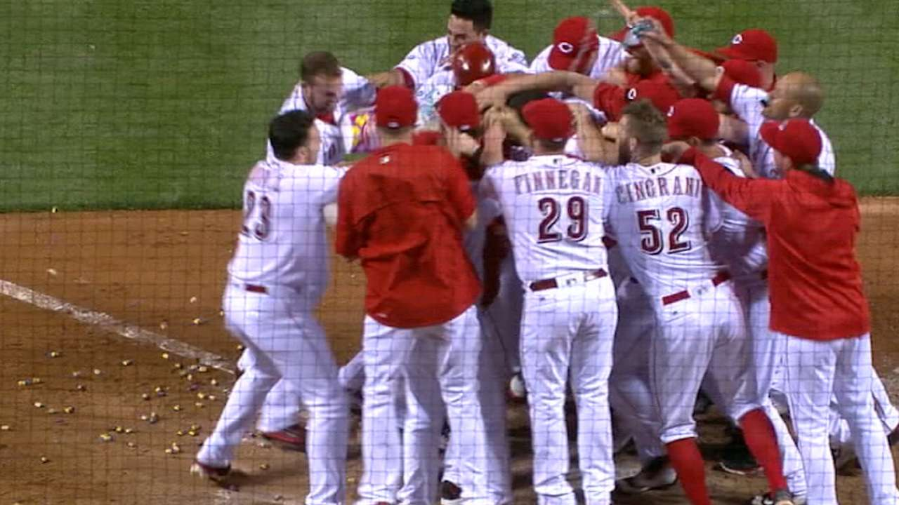 Reds, FOX Sports Ohio agree to 15-year extension