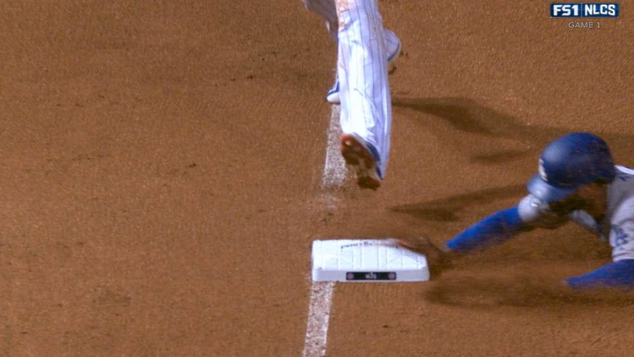 Toles, Turner hustle for Dodgers