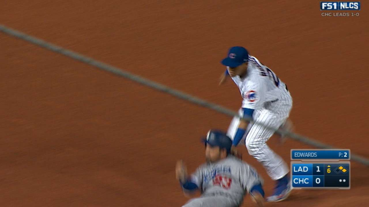 Baez's heads-up double play