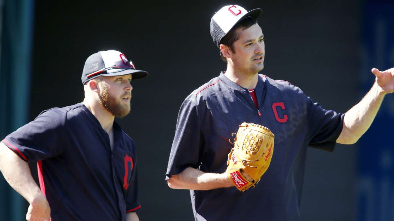 Game 4 'pen usage a balancing act for Tito