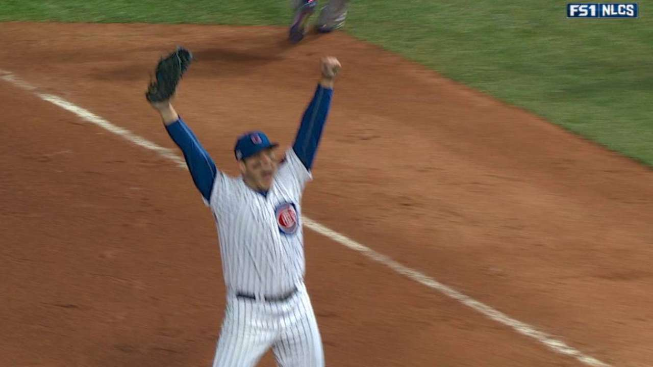 Rizzo discusses winning pennant