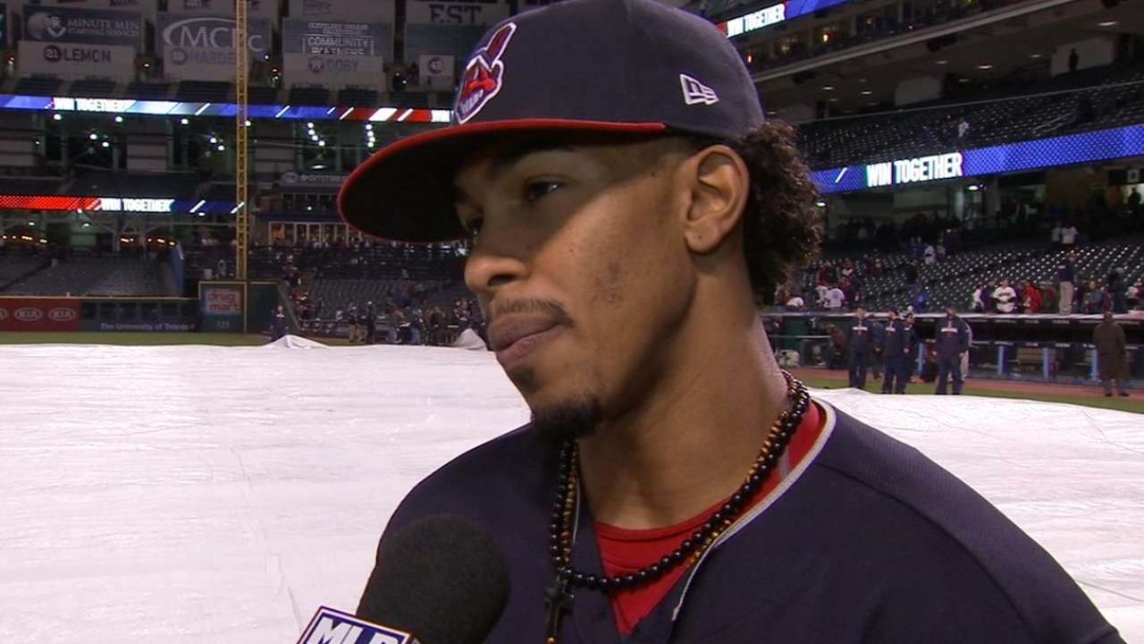 Lindor on steal in win
